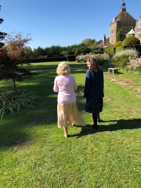 walk with Elaine Paige