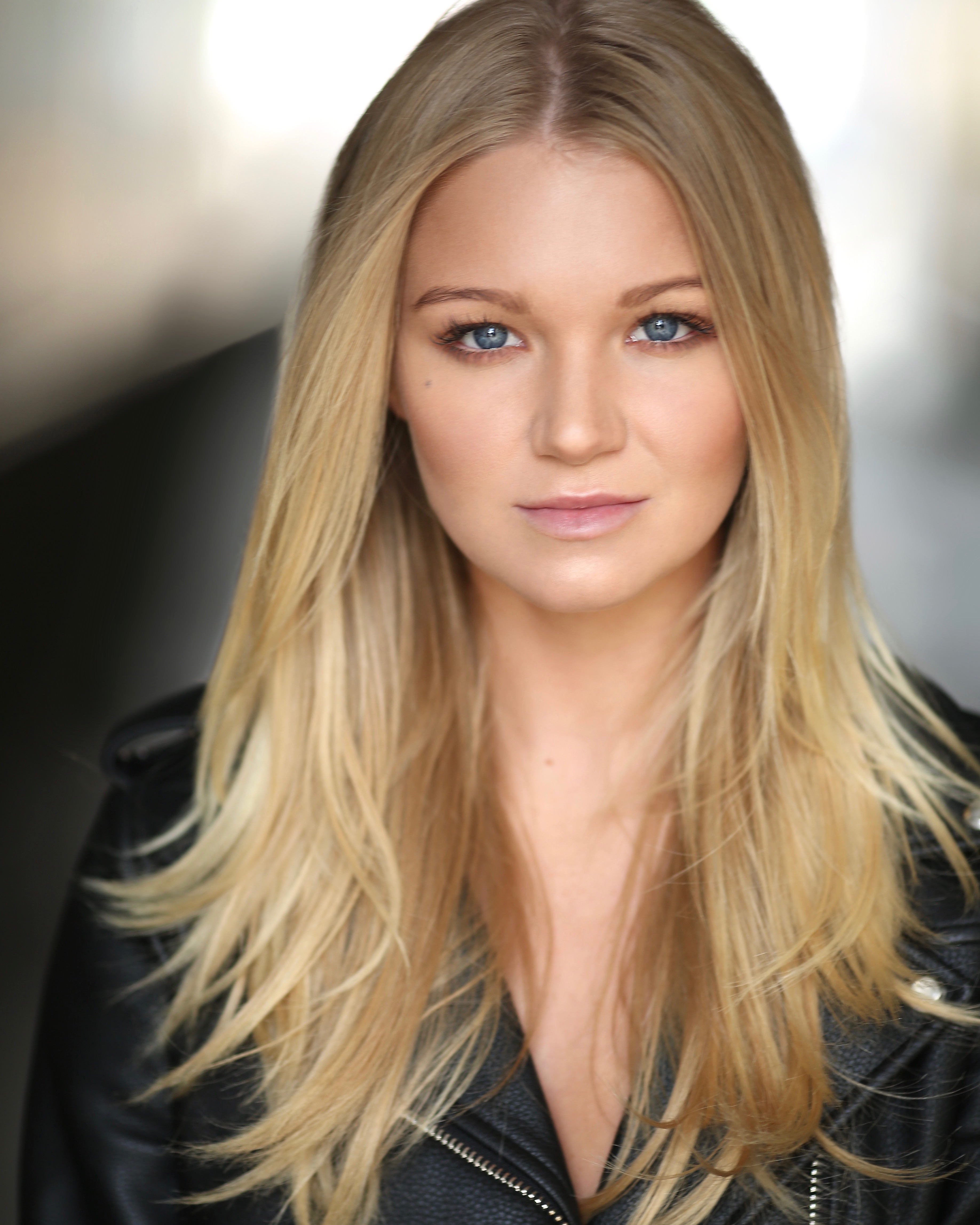 Abbie Quinnen HD