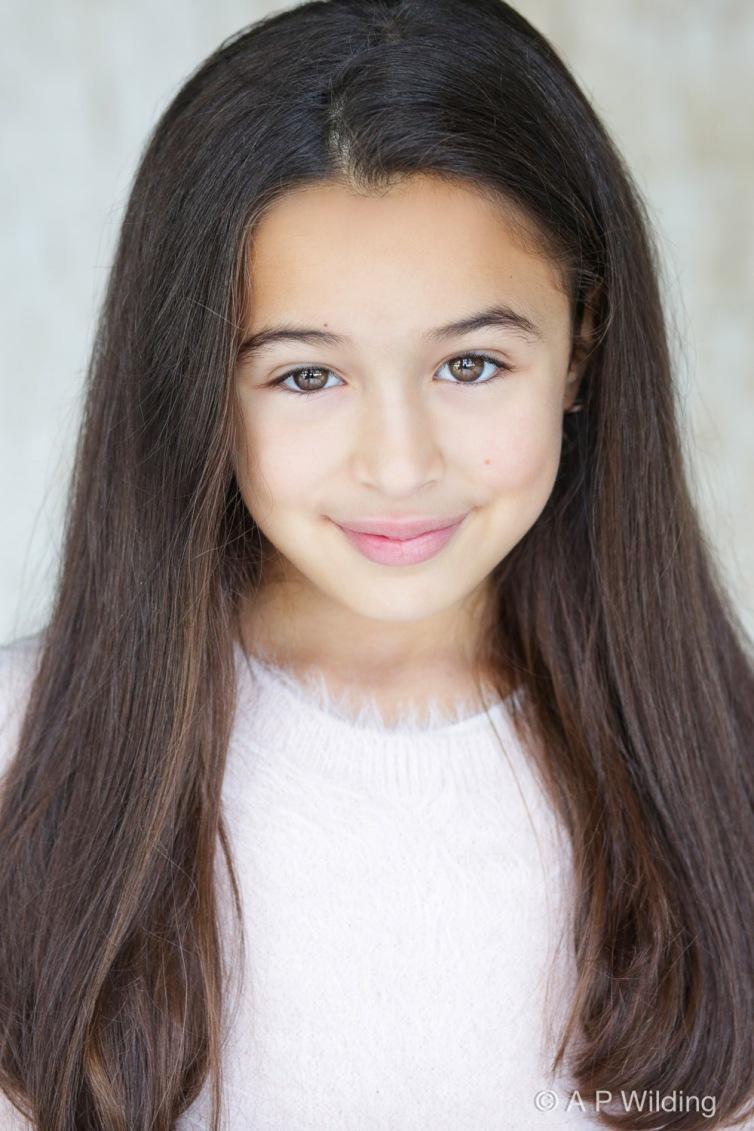 Sophie Feldman-19